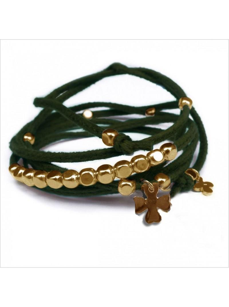 Mini charms trèfle sur daim noué trèfle perles en plaqué or - bijoux modernes - gag et lou - bijoux fantaisie